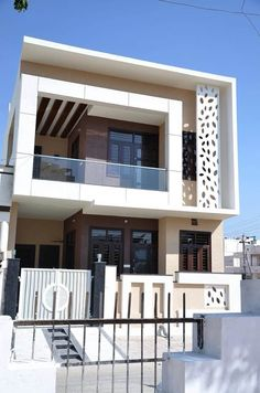 Executed : bungalows by design ahead architects,modern reinforced concrete Modern Exterior House Designs, Latest House Designs, Modern House Plans, Cool House Designs, Modern House Design, Exterior Design, Bungalow House Design, House Front Design, Small House Design