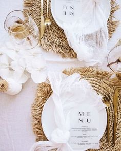 Many people believe that there is a magical formula for home decoration. You do things… Rustic Wedding, Our Wedding, Dream Wedding, Wedding Reception, Wedding Trends, Wedding Designs, Wedding Ideas, Wedding Table Settings, Place Settings