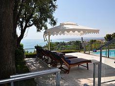 Villa met privé zwembad en prachtig uitzicht op zee  Vakantieverhuur in Ancona van @homeaway! #vacation #rental #travel #homeaway