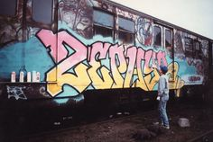 Andrew Witten, better known by his creative pseudonym of Zephyr, is a graffiti painter that helped mold the NYC street art scene since the early Graffiti History, Graffiti King, New York Graffiti, Graffiti Lettering, Street Art Graffiti, Graffiti Alphabet, Patrick Nagel, Famous Graffiti Artists, Street Artists