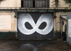 Infini by Benjamin Laading, 2014. Aérosol sur metal, 600 x 400cm, Paris. Pour In situ art festival. With his technical repetition of dots, Benjamin brings a totally fresh vision to graffiti, creating impressive geometry and abstract forms that you can only see in the cosmos. https://www.flickr.com/photos/benjaminlaading