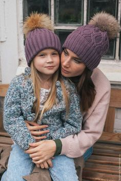 Mother daughter knit ribs and cables pom hats
