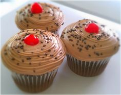 Double #Fudge #Chocolate #Cupcakes