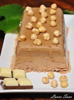 Parfait de ciocolata si cafea | Retete culinare cu Laura Sava Easy Cake Recipes, Dessert Recipes, French Desserts, Vegan Kitchen, Food Cakes, Sweet Cakes, Ice Cream Recipes, Frozen Yogurt, Parfait