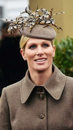 Zara Phillips attending the fourth day of Cheltenham Races    13 March 2015