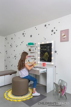 Cuartos para niñas, espejos, tocadores, glam room #Habitacionesparaniñas #girltoilet #ideasdecoración