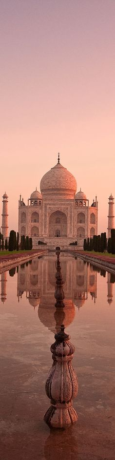 Taj Mahal nascer do sol em Agra, Índia