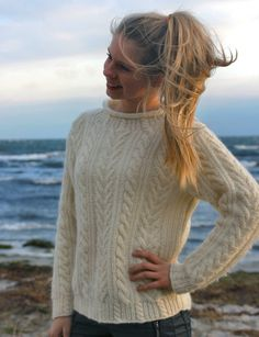 Raglan, Drops Design, Couture, Projects To Try, Turtle Neck, Pattern, Knitting Sweaters, Vests, Fashion