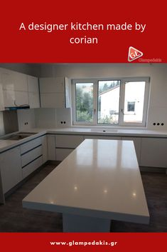The wall bench, the island and the sink were made by corian, as well as the wall until the wall cabinets were covered!