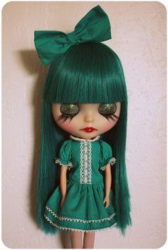 gorgeous green Blythe