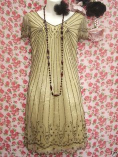 ART DECO GOLD BEAD FLAPPER 20'S CHARLESTON DRESS