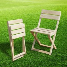 Folding Furniture, Folding Chair, Outside Furniture, Outdoor Furniture Sets, Wooden Main Door Design, Diy Furniture Videos, Pallet Seating, Wooden Pallet Projects, Camping Chairs
