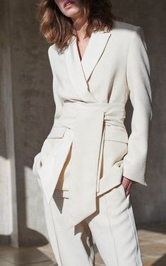 Get inspired and discover New Suiting: Suits for the Suit-Averse trunkshow! Shop the latest New Suiting: Suits for the Suit-Averse collection at Moda Operandi. Fashion Mode, Suit Fashion, Work Fashion, Fashion Outfits, Womens Fashion, Fashion Tips, Fashion Trends, Woman Outfits, Cheap Fashion