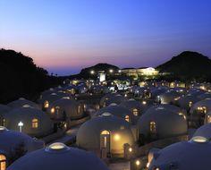 ここ、ココ、日本です。まさかの「発泡スチロールでできたホテル」が美しすぎると話題に!
