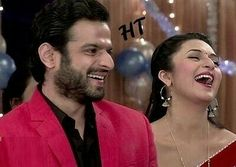 Their Smiles 💕💕💕💕 *keeps staring forever* Picture Perfect in Red ❤❤❤