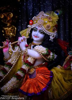 Cute Krishna, Krishna Radha, Krishna Bhagwan, Lord Krishna Wallpapers, Galaxy Pictures, Gods And Goddesses, Hare, Culture, Rabbits