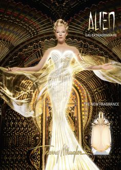 Thierry Mugler Alien Perfume - The Perfume Girl. Fragrances and colognes from fashion houses and perfume designers. Scent resources, perfume database, and campaign ad photos. Parfum Alien, Alien Perfume, Beauty Ad, Beauty Hacks, Beauty Tips, Beauty Products, Fashion Beauty, Anuncio Perfume, Perfume Adverts
