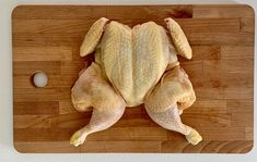 Krabi, Poultry, Dinosaur Stuffed Animal, Food And Drink, Chicken, Cooking, Recipes, Meat, Kitchen