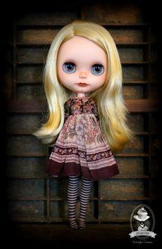 Blythe doll by Cupcake Curio : www.flickr.com/...