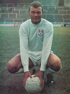 July 1967. Rejected by Spurs wide man, Keith Weller found himself, at the Den…