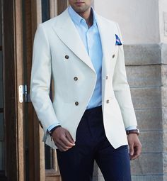 WEBSTA @ menwithclass - Stunning ivory double breasted blazer by 👍🏽 Best Suits For Men, Cool Suits, Mens Fashion Suits, Mens Suits, Suit Combinations, Herren Outfit, Double Breasted Blazer, Gentleman Style, Mode Style