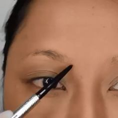 How To Do Makeup With Glasses - 6 Easy Step - CreativeSide Best Eyebrow Makeup, Best Eyebrow Products, Eyebrow Makeup Tutorials, Makeup Tools, Beauty Products, Dark Skin Makeup, Natural Makeup, Makeup Eye Looks, Eye Makeup
