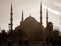 Istambul - Turquia Hagia Sophia, Iran, Taj Mahal, Turkey, Building, Travel, Blue Mosque, Europe, Viajes