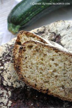 Garnek Rzymski 2,5l: Chleb z cukinii