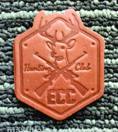 etiqueta de cuero para confecciones.