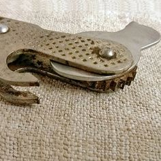 Vintage can opener Retro tin opener Classic can-opener by MyWealth
