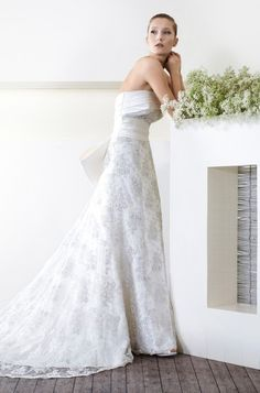 CieloBlu wedding dresses are full of harmony. The CieloBlu bridal collection is designed by two Italian wedding dresses designers. Italian Wedding Dresses, Designer Wedding Dresses, Bridal Gowns, Wedding Gowns, Wedding Day, Bridal Collection, Asia, Big Day, Weddings