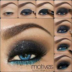 Color negro y turquesa