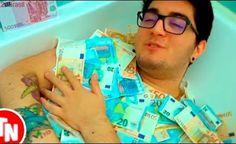 Youtuber SirKazzio toma banho com 50 mil reais e é alvo de críticas