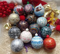HandPainted Christmas Ornament, Christmas Tree Ornaments, Christmas Bulbs, Christmas Decorations, Hand Painted Ornaments, Wooden, Handmade, These are handpainting wooden christmas ornaments for tree. It is 100 % handmade. It is made from environmentally friendly wood (pine) and hand-painted. It is a single copy. It will be a great decoration of your interior. It is great gift and wonderful decoration Diameter: 5 cm (1.97) 3 pieces you can buy a set of 14 pieces You can see the other…