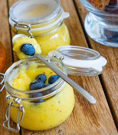 stuttgartcooking: Mango-Chutney mit frischen Heidelbeeren