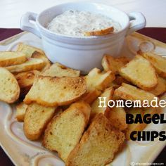 Try this Homemade Bagel Chips recipe, or contribute your own. Homemade Chips, Homemade Bagels, Homemade Food, Snack Recipes, Cooking Recipes, Diabetic Recipes, Bagel Recipe, Chips Recipe, Recipe For Bagel Chips