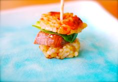 Japanese gastronomy -Mini Rice Burger-  www.iloli-restaurant.com
