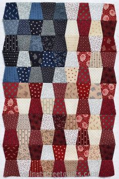 Learn how to use the From Marti Michell One-derful One-patch Tumbler Template to make a patriotic flag wall hanging and how to measure the tumbler shape to determine the finished size of a quilt made with different sizes of tumblers. Colorful Quilts, Small Quilts, Mini Quilts, Scrappy Quilts, Quilting Projects, Quilting Designs, Crafty Projects, Quilting Ideas, American Flag Quilt