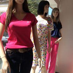 Vitrine Closet Mulher Jeans, malhas, vestido, alfaiataria, top, pink, estampa e marinho www.facebook/closetmulher.com