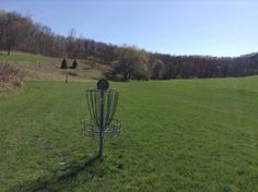 #5 Basket on Classic Disc Golf Course. Season passes available. More info www.justintrails.com We're easy to find and close...20 min from Onalaska WI, 3 hr from Milwaukee. Like us in Facebook www.facebook.com/justintrails Disc Golf Courses, Milwaukee, Basket, Facebook, Classic, Easy, Derby, Classical Music, Hamper