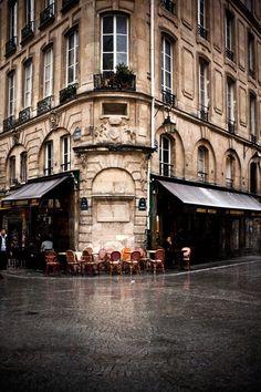 Rainy Day, Paris, France photo via stone