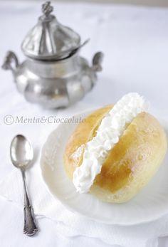mentaecioccolatoblog.blogspot.it/2012/04/maritozzi-con-la...