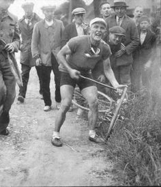 1935 Tour de France results with stages with running GC, photos and history Vintage Cycles, Vintage Bikes, Cycling Art, Cycling Bikes, Historical Images, Cycling Equipment, Road Racing, Embedded Image Permalink, The Past
