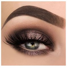 Simple natural eye makeup tutorial step by step everyday colorful pink peach hooded eye makeup for eye glasses for beginners # Eyes # Eyeshadow makeup for beginners - - Dramatic Eyeshadow, Simple Eyeshadow, Pigment Eyeshadow, Simple Eye Makeup, Natural Eye Makeup, Eye Makeup Tips, Eyeshadow Makeup, Glam Makeup, Makeup Ideas