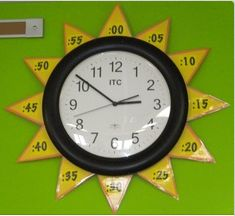 Sun Clock - home school room learning to tell time with classroom wall sun clock. DIY Sun Clock - home school room learning to tell time with classroom wall sun clock. Classroom Walls, School Classroom, Classroom Decor, Classroom Clock, Spanish Classroom, Teaching Time, Teaching Tools, Teaching Math, Learn To Tell Time