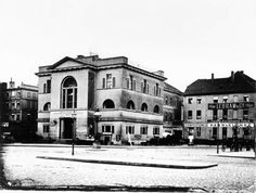 Kaiser Wilhelm, Nation State, Historical Photos, Alter, Germany, Street View, Mansions, Black And White, House Styles