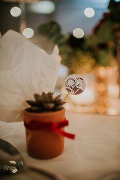 menu, wedding, red velvet theme, elaion loft, athens wedding, wedding party, red flowers, winter theme, cactus, red velvet, wedding favour, bomboniera