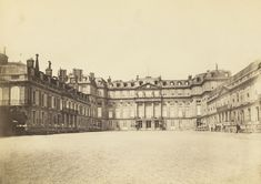 Saint Cloud. Photo from 1870. The château was from Marie Antoinette in the 1780s. The château was destroyed in 1870 during the Franco-Prussian War.