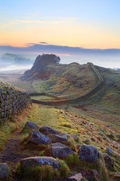 (via Photo of Housesteads Crags, Cuddy's Crags, Hadrian's Wall, Northumberland - Roger Clegg - Housesteads Crags, Hadrian's Wall, Northumberland, Sunrise, Mist, Hadrian's Wall Central Section)