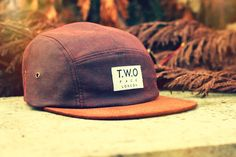 The Worlds Original Face TWO Face London2nd Edition 5 panel cap hatChestnut Washed Wax TwillWood Brown Suede Peak